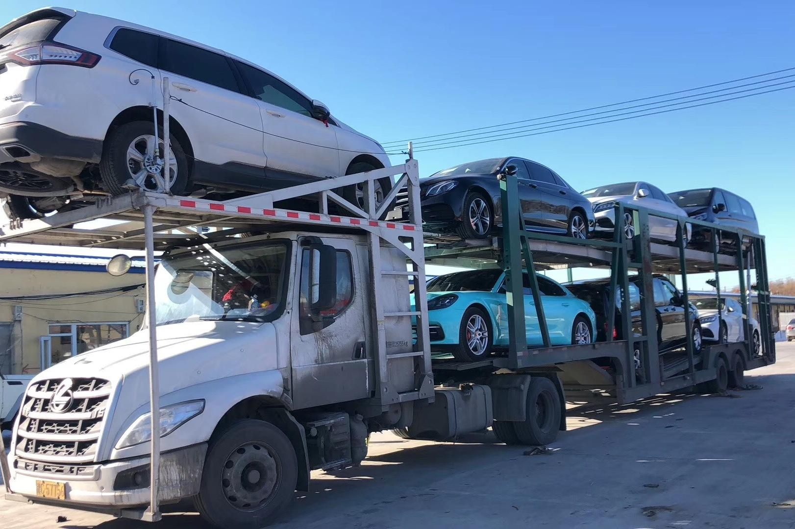 西藏拉萨托运私家车到成都的费用大概是多少钱?